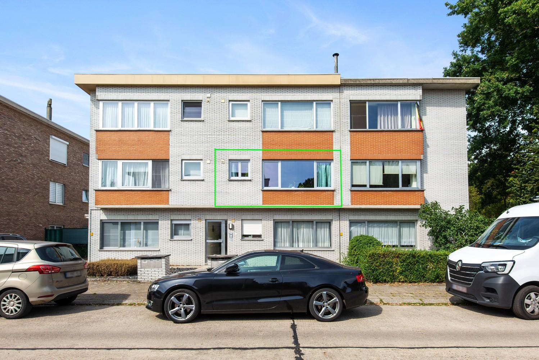 Trendy en stylish appartement met twee slaapkamers gelegen in een rustige straat te Brasschaat. afbeelding 14
