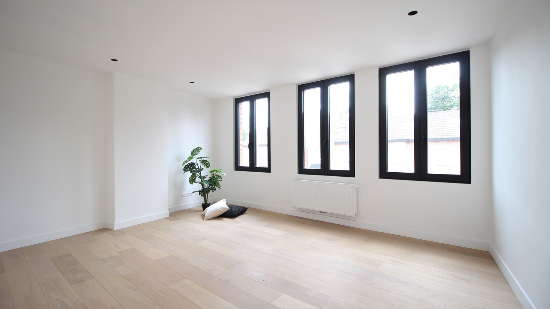 Volledig gerenoveerde woning met 3 slaapkamers op een gunstige locatie in Brasschaat! afbeelding 14