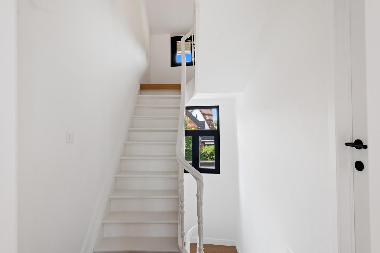 Volledig gerenoveerde woning met 3 slaapkamers op een gunstige locatie in Brasschaat! afbeelding 15