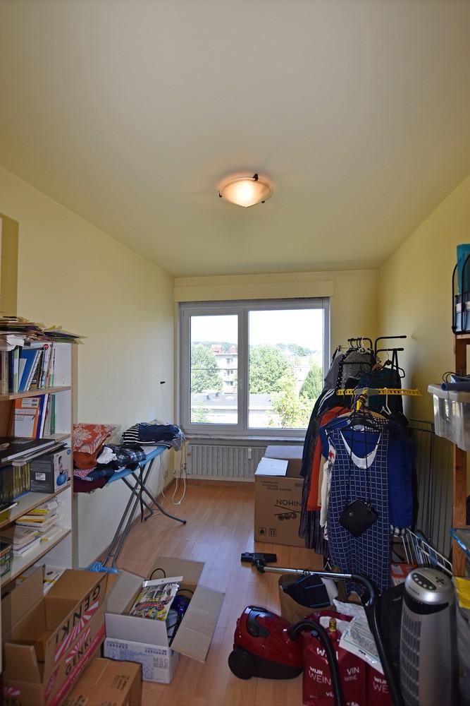 Verzorgd appartement met twee slaapkamers nabij het Te Boelaerpark. afbeelding 7