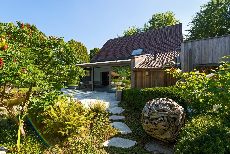 Luxueus afgewerkte woning op een rustige, groene locatie in Hoboken! afbeelding 28