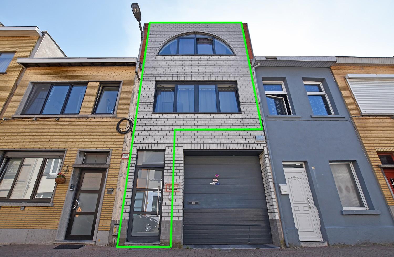 Woning/duplex-appartement met drie slaapkamers en een riant terras. afbeelding 1
