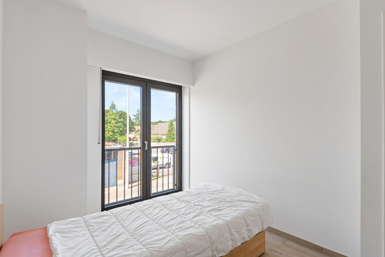 Ruim, recent appartement met 3 slpk & zonnig terras in het centrum van Zandhoven afbeelding 10