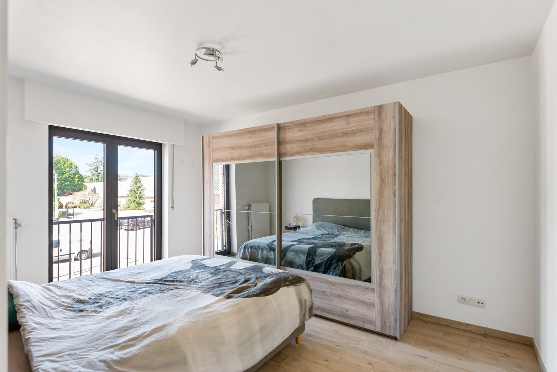 Ruim, recent appartement met 3 slpk & zonnig terras in het centrum van Zandhoven afbeelding 9