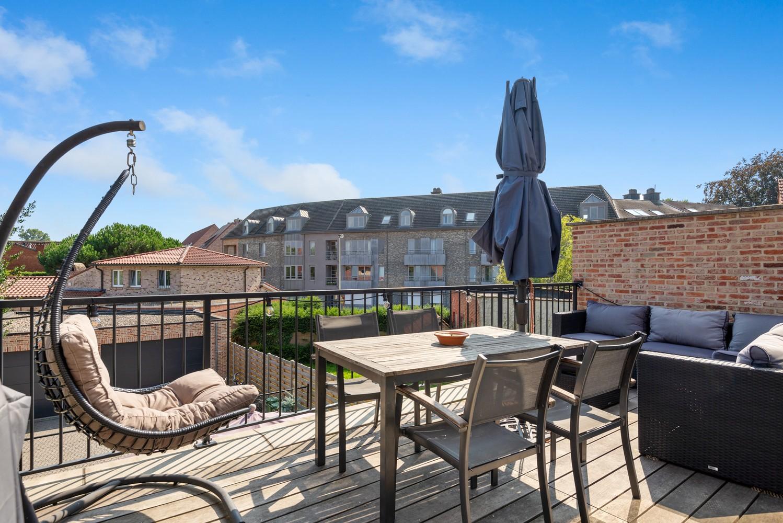 Ruim, recent appartement met 3 slpk & zonnig terras in het centrum van Zandhoven afbeelding 3