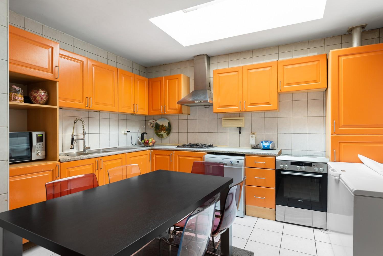 Op te frissen eengezinswoning met drie slaapkamers en buitenruimte te Deurne. afbeelding 8