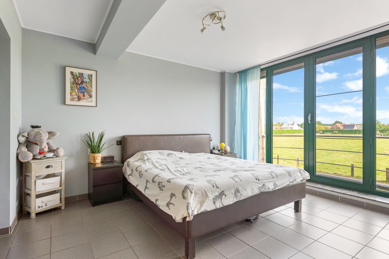 Riant appartement (157 m²) met groot dakterras te Kapellen! afbeelding 9