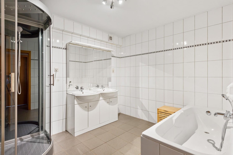 Riant appartement (157 m²) met groot dakterras te Kapellen! afbeelding 13