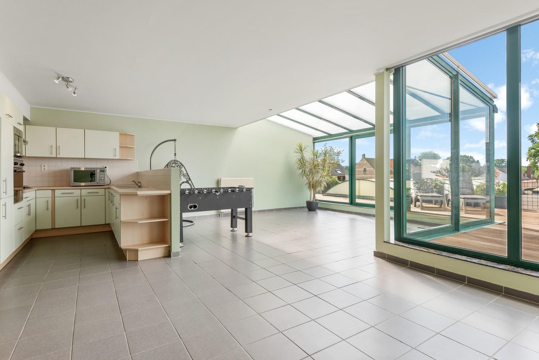 Ruim appartement (101 m²) met groot dakterras te Kapellen! afbeelding 2