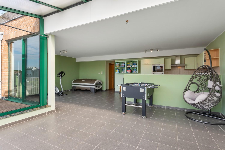 Ruim appartement (101 m²) met groot dakterras te Kapellen! afbeelding 4