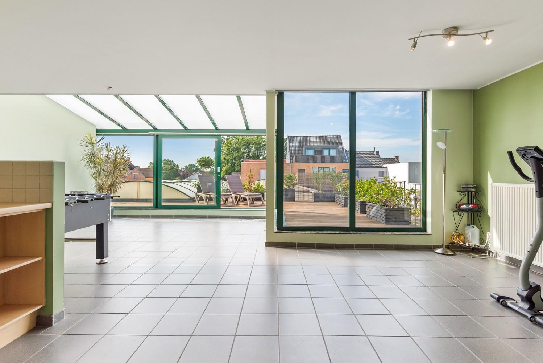 Ruim appartement (101 m²) met groot dakterras te Kapellen! afbeelding 3