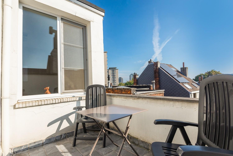 Modern, recent gerenoveerd appartement op een levendige locatie te Berchem. afbeelding 13