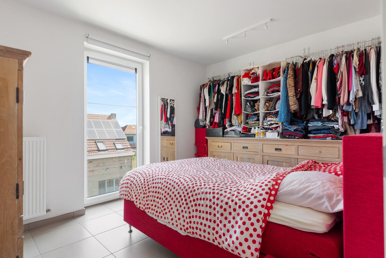 Lichtrijk hoekappartement met 2 slpk, zonnig terras & staanplaats afbeelding 14