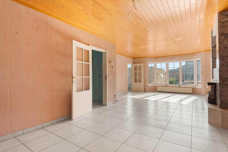Te renoveren bel-étage woning met 3 slaapkamers te Kapellen. afbeelding 7