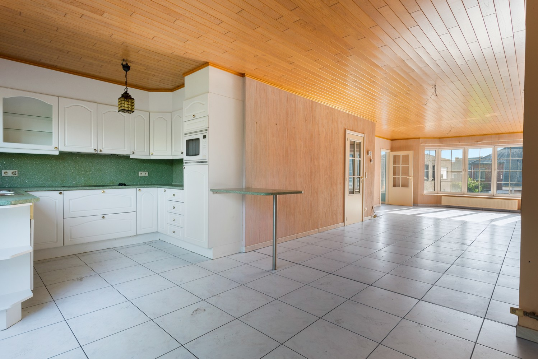 Te renoveren bel-étage woning met 3 slaapkamers te Kapellen. afbeelding 10