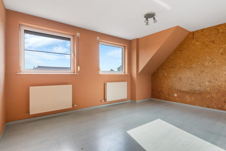 Te renoveren bel-étage woning met 3 slaapkamers te Kapellen. afbeelding 21