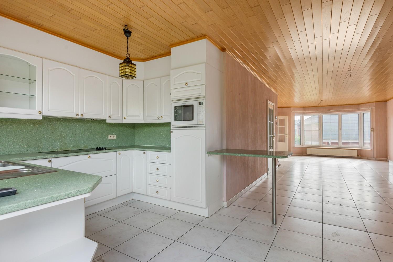 Te renoveren bel-étage woning met 3 slaapkamers te Kapellen. afbeelding 14
