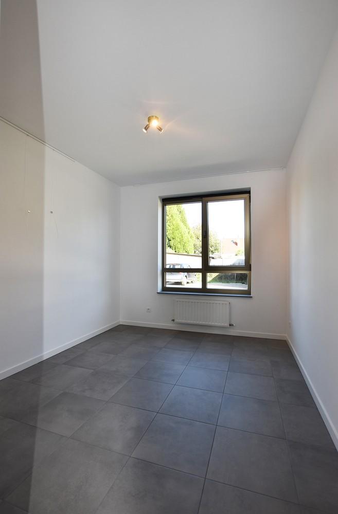 Prachtig gelijkvloers appartement met twee slaapkamers en tuin te Wommelgem! afbeelding 7
