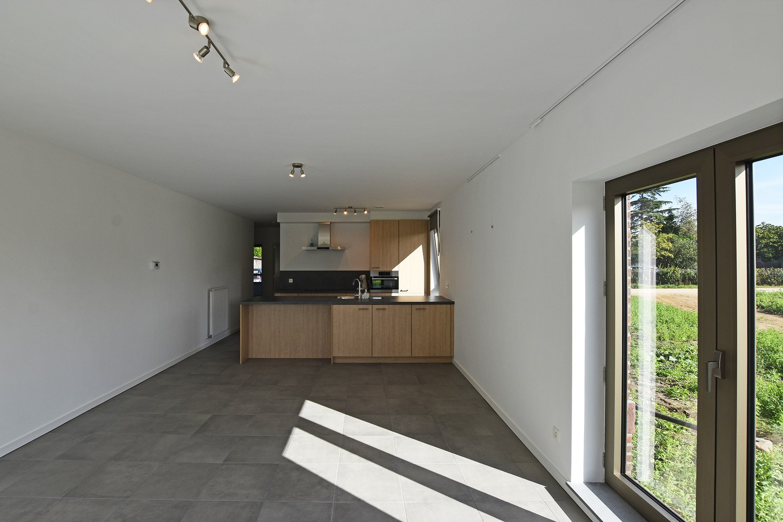 Prachtig gelijkvloers appartement met twee slaapkamers en tuin te Wommelgem! afbeelding 4