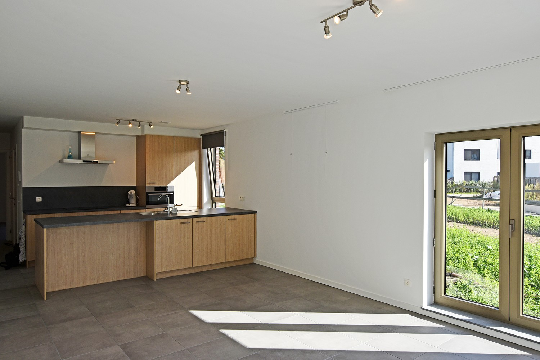 Prachtig gelijkvloers appartement met twee slaapkamers en tuin te Wommelgem! afbeelding 3