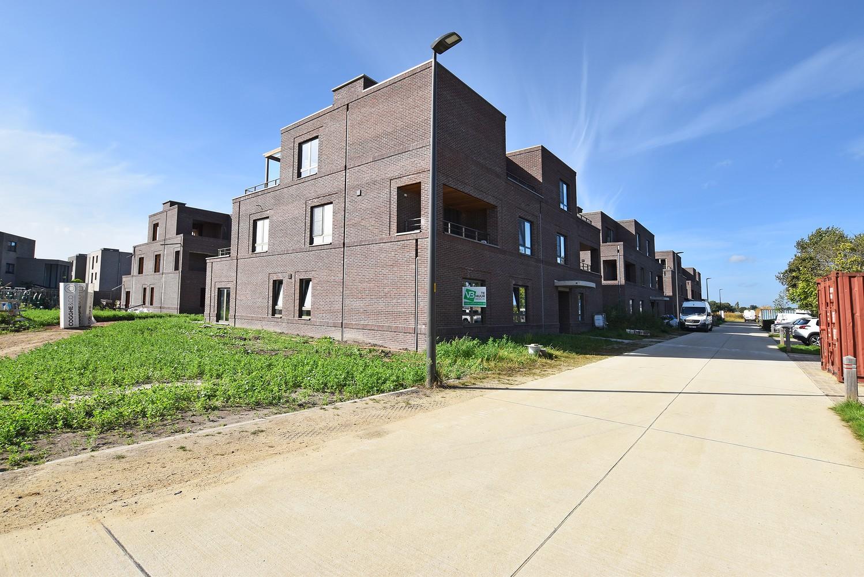 Prachtig gelijkvloers appartement met twee slaapkamers en tuin te Wommelgem! afbeelding 1