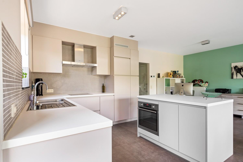 Modern gelijkvloers appartement met leuke tuin, 2 slaapkamers en autostaanplaats in Wommelgem! afbeelding 7