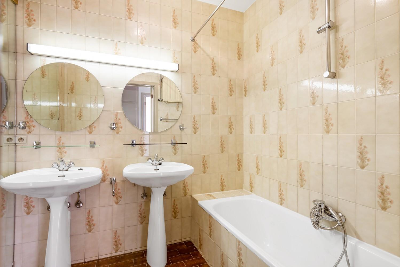 Ruim, te renoveren appartement met 3 slaapkamers & zonnig terras nabij centrum Lier afbeelding 15