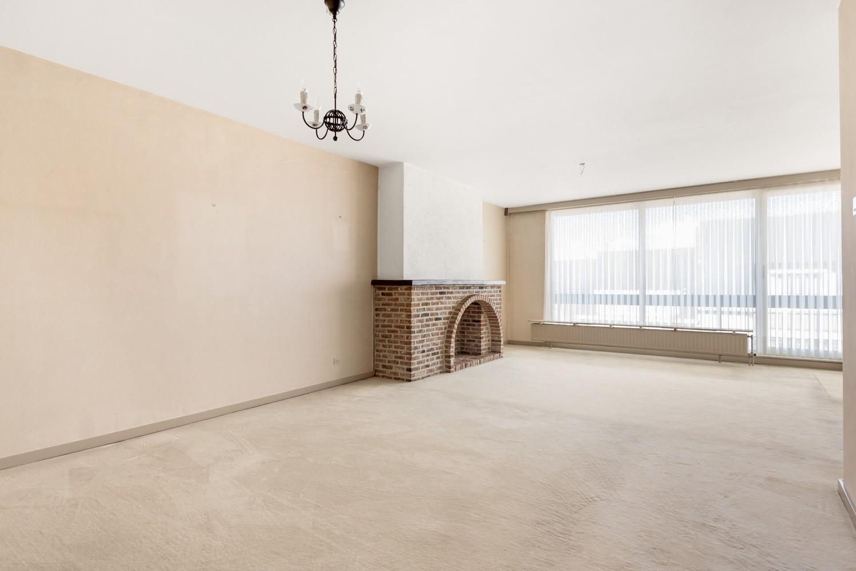 Ruim, te renoveren appartement met 3 slaapkamers & zonnig terras nabij centrum Lier afbeelding 7