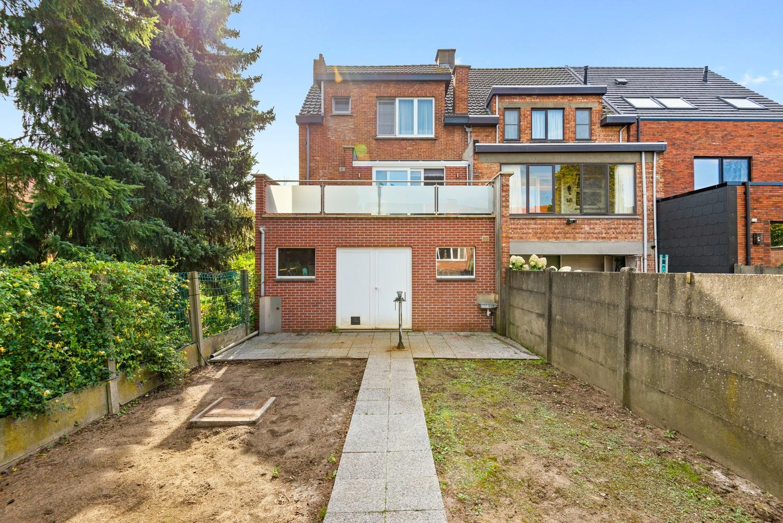Verrassend ruime bel-étage met 3 slaapkamers & tuin in Borsbeek afbeelding 25