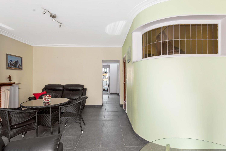 Verrassend ruime bel-étage met 3 slaapkamers & tuin in Borsbeek afbeelding 12