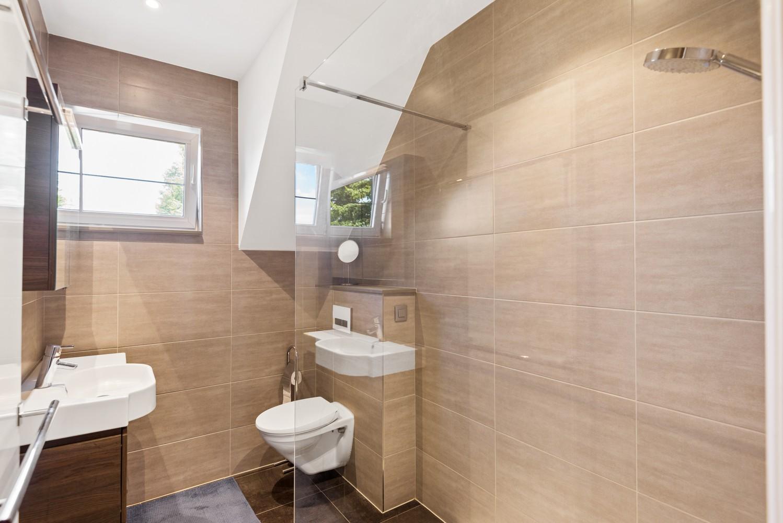 Verrassend ruime bel-étage met 3 slaapkamers & tuin in Borsbeek afbeelding 16