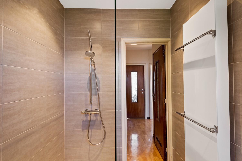 Verrassend ruime bel-étage met 3 slaapkamers & tuin in Borsbeek afbeelding 17