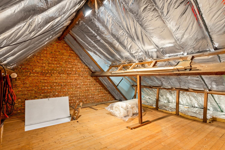 Verrassend ruime bel-étage met 3 slaapkamers & tuin in Borsbeek afbeelding 21