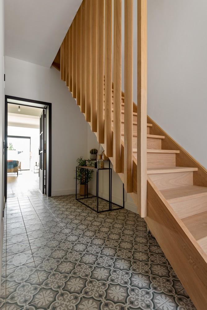 Smaakvol gerenoveerde woning met 3 ruime slaapkamers & mooie tuin in Kapellen afbeelding 2