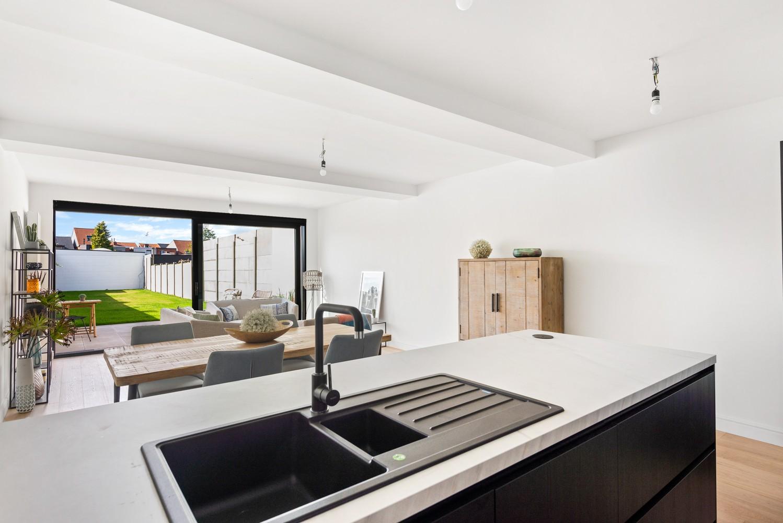 Smaakvol gerenoveerde woning met 3 ruime slaapkamers & mooie tuin in Kapellen afbeelding 7