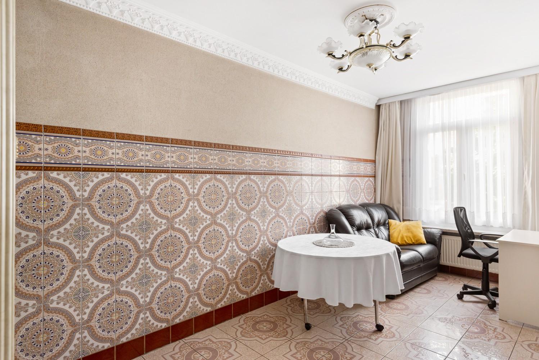 Verrassend ruime woning met 5 à 6 slaapkamers & garage te Deurne afbeelding 11