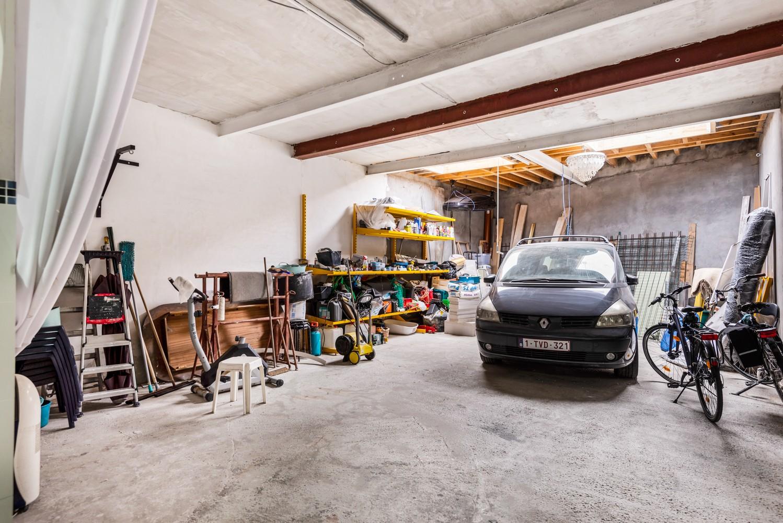 Verrassend ruime woning met 5 à 6 slaapkamers & garage te Deurne afbeelding 5