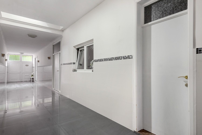 Verrassend ruime woning met 5 à 6 slaapkamers & garage te Deurne afbeelding 6