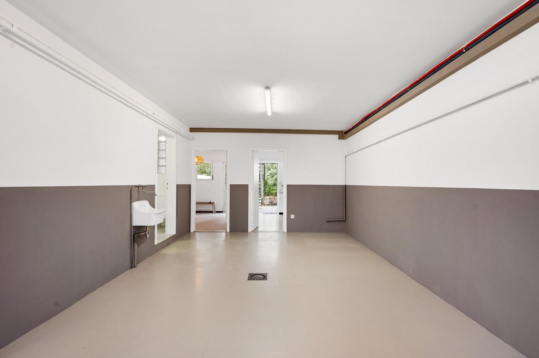 Volledig gerenoveerde woning op een toplocatie in een rustige straat nabij het gezellige centrum van Brasschaat afbeelding 28