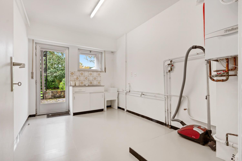 Volledig gerenoveerde woning op een toplocatie in een rustige straat nabij het gezellige centrum van Brasschaat afbeelding 30