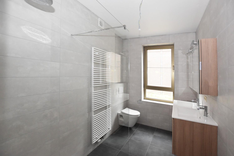 Gloednieuw, gelijkvloers appartement met 2 slaapkamers & autostaanplaats! afbeelding 5