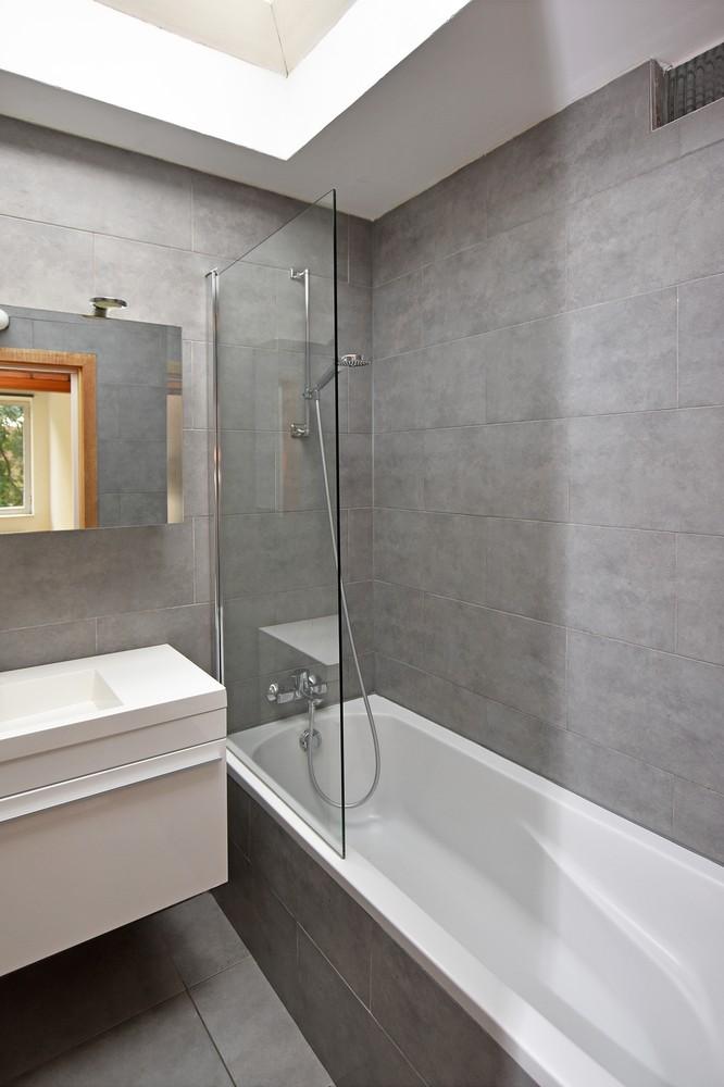 Gunstig gelegen en zeer verzorgd appartement met drie slaapkamers en terras te Wijnegem. afbeelding 6