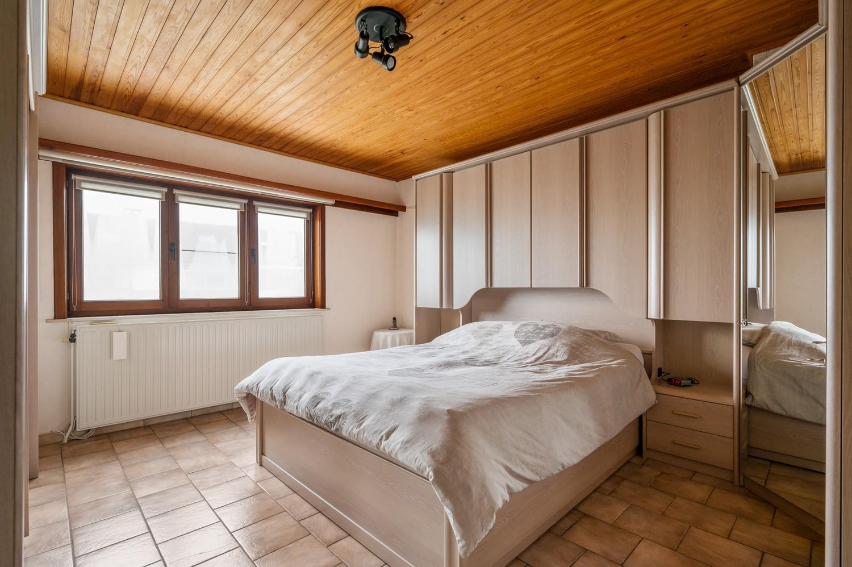 Charmante halfopen woning met 3 slaapkamers in een rustige doodlopende straat te Hoboken! afbeelding 22