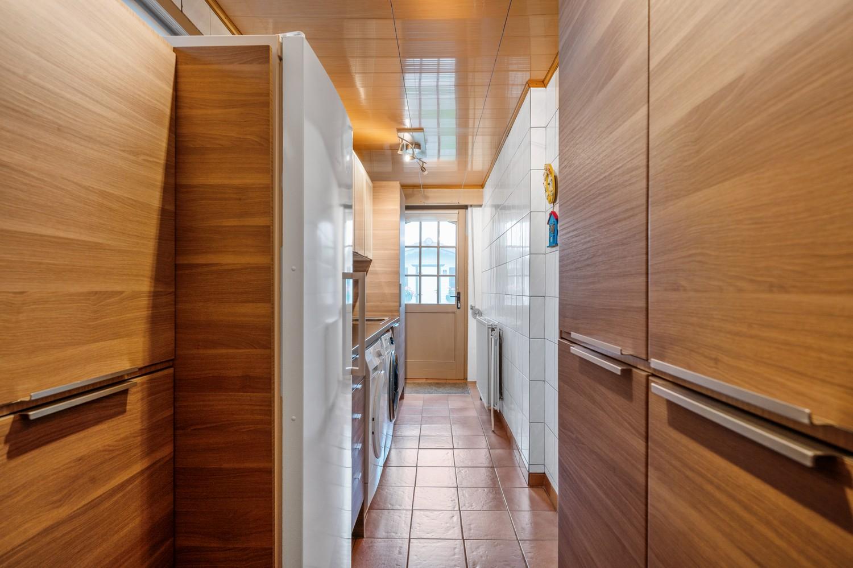 Charmante halfopen woning met 3 slaapkamers in een rustige doodlopende straat te Hoboken! afbeelding 18