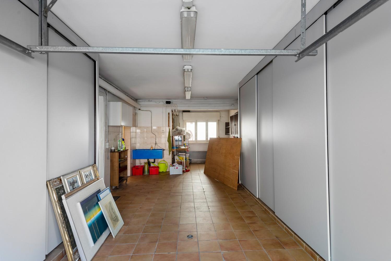 Bel-étage woning met twee ruime slaapkamers en zuidoostelijk georiënteerde tuin te Wijnegem! afbeelding 15