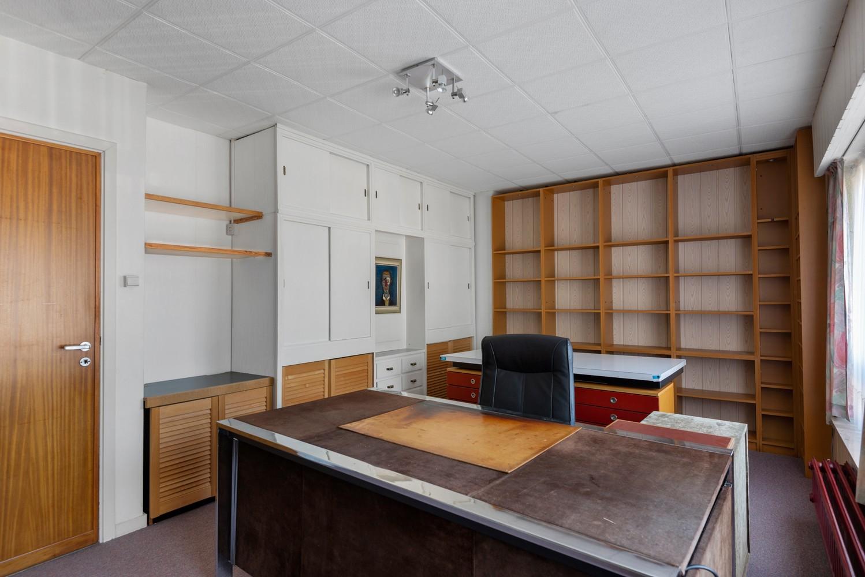 Bel-étage woning met twee ruime slaapkamers en zuidoostelijk georiënteerde tuin te Wijnegem! afbeelding 12