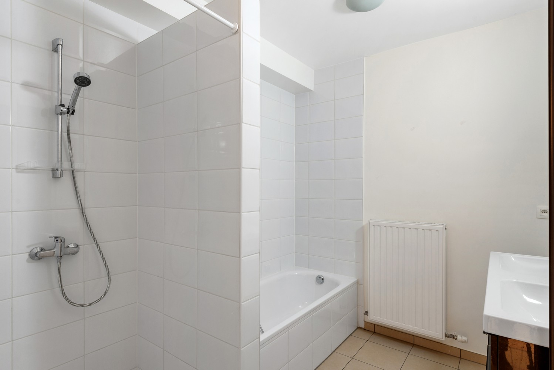Recent en modern appartement met twee slaapkamers en terras te Deurne! afbeelding 8